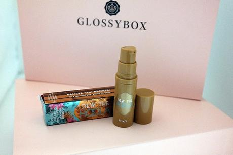 Glossybox April 2016 - Love, Peace & Beauty - Edition