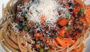 Möhren-Pasta Gemüse-Linsen-Sauce