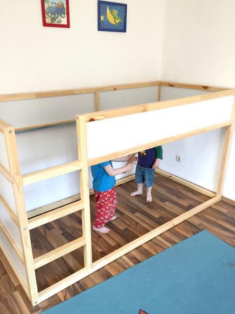 kinderzimmer f r zwei. Black Bedroom Furniture Sets. Home Design Ideas