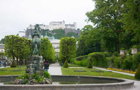 city trip nach salzburg zum schloss mirabell. Black Bedroom Furniture Sets. Home Design Ideas