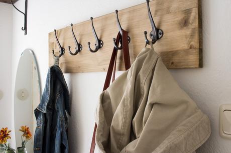 Diy garderobe bauen for Einfache garderobe