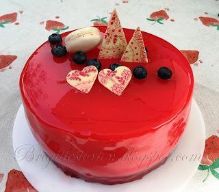 Mirror Glaze cake / Spiegelglanz Torte