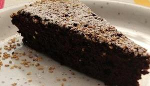 Sesam-Schokoladen-Vanille-Cake