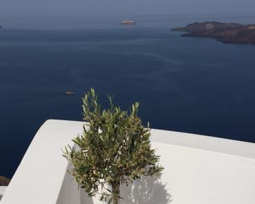 Blau und Weiß – oder – Grüße von Santorini