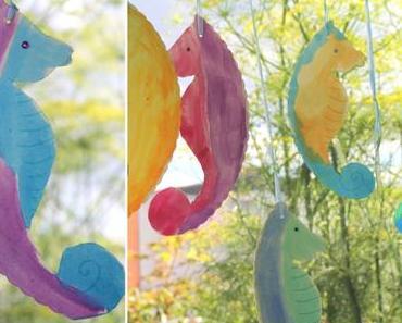 {Basteln mit Kindern: } Seepferdchen aus Papptellern