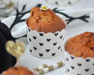Erdbeer-Rhabarber Muffins und DIY Tischdeko