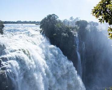 Victoria Falls – Wasser ohne Ende – überall!