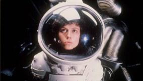 Alien-(c)-1979,-2012-20th-Century-Fox-Home-Entertainment(3)