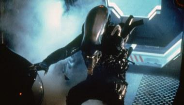 Alien-(c)-1979,-2012-20th-Century-Fox-Home-Entertainment(7)