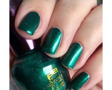 [Nails] p2 Secret Splendor 040 opulent sapphire