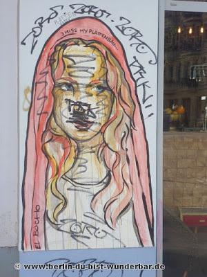 Street art in Berlin #49