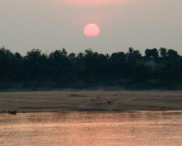 Kambodscha: Delfine, Zirkus, Tempel – 9 Reiseblogger berichten