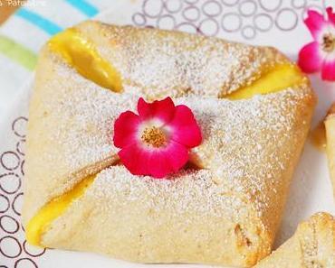 Quarktaschen mit Kirschen & Vanille
