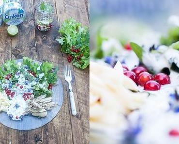 Gartensalat mit Käse, Fisch und Naturjoghurt-Dressing