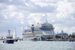 Hanse Sail 2016: AIDA Cruises mit zwei Schiffen zu Gast