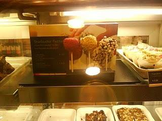 Cake Pops @ Starbucks