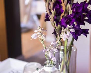 Flowers | Premiere: Gladiolen in dunklem Lila