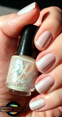 [Nails] Moonshine Nagellack in der Farbe Februar