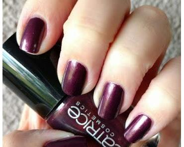 [Nails] Lacke in Farbe ... und bunt! AUBERGINE mit CATRICE 59 First Class Up-Grape