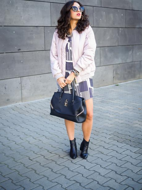 lavender lilac bomber jacket striped shirt dress outfit mango kleid boohoo bomberjacke inspiration fashion deutschland summerlook fall fashionblogger samieze berlin mode blog