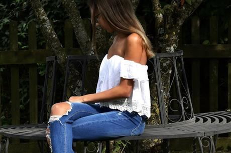 WHITE BLOUSES - OUTFIT