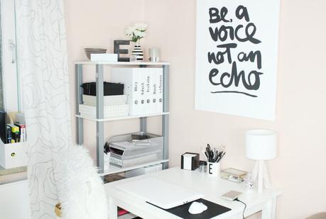 ordnung halten auf dem schreibtisch im b ro. Black Bedroom Furniture Sets. Home Design Ideas