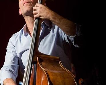 """Niedersächsische Musiktage 2016, Thema """"Leidenschaft"""": Abschlussabend mit Avishai Cohen und Stuttgarter Kammerorchester in Hannover (Rückblick)"""