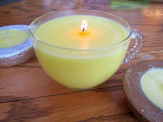 Eine selbst gemachte Vanille-Kerze