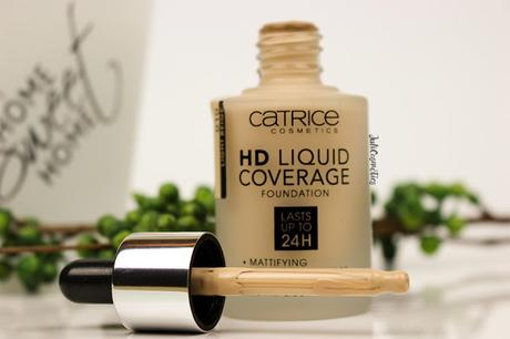 Catrice-HD-Liquid-Coverage-Foundation-010-light-beige