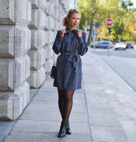 Outfit: Bow Tie Dress, Fishnet Stockings, Furla Bag and Ankle Boots