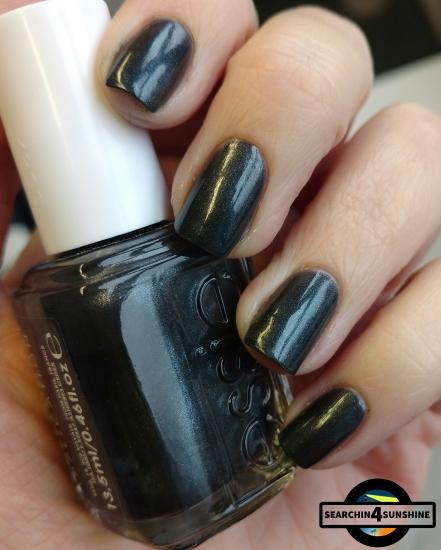 [Nails] essie PROFESSIONAL APPLICATION 624 OVER THE EDGE