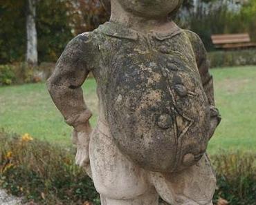Skulpturen im Schloßgarten Neunhof