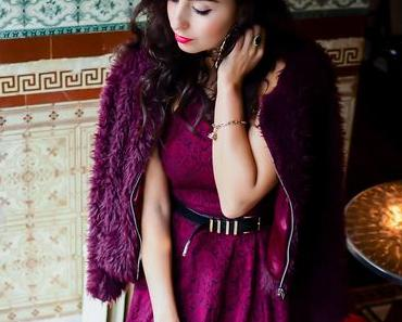 Preppy Christmas Outfit – Burgundy Skater Dress & Fauxfur Jacket