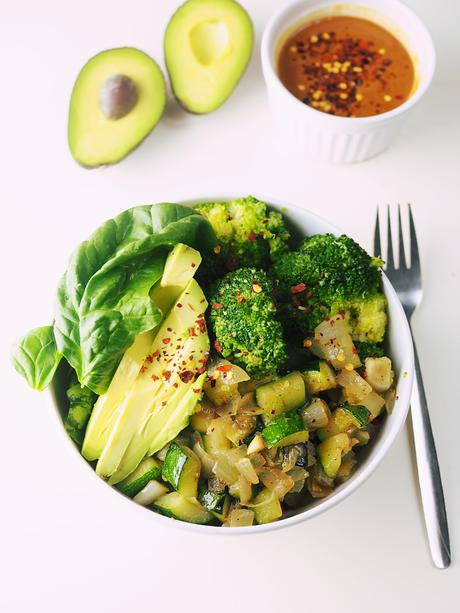 buddha bowl vegan vegetarian veggie healthy fresh cooking recipe homemade fresh freshly made lifestyle clean eating fast quick lunch dinner samieze foodblog food blog foodie
