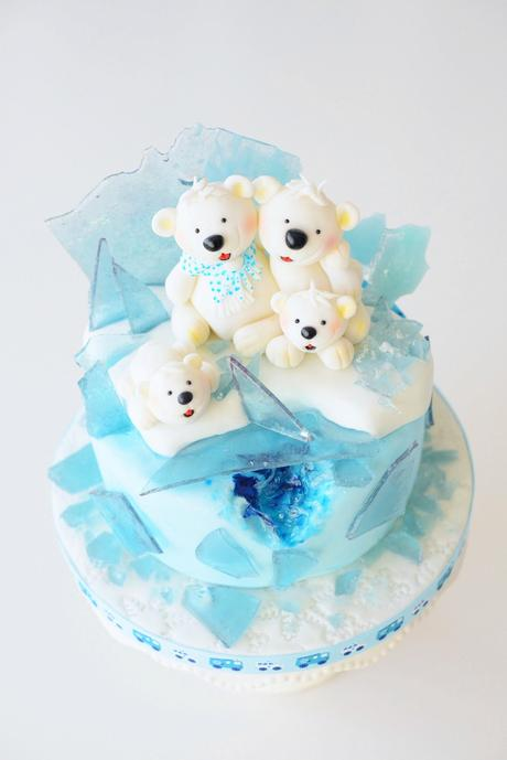 Little Frosty - Eisbärchen Torte mit Candy Rock