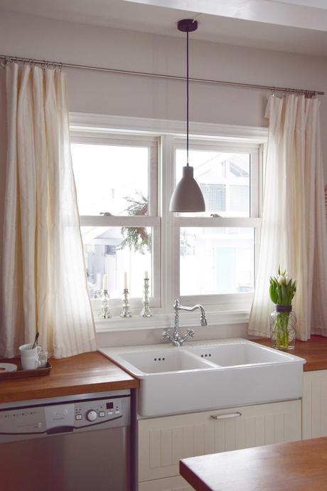 wie ihr in 10 minuten aus einer tischdecke einen vorhang zaubert. Black Bedroom Furniture Sets. Home Design Ideas