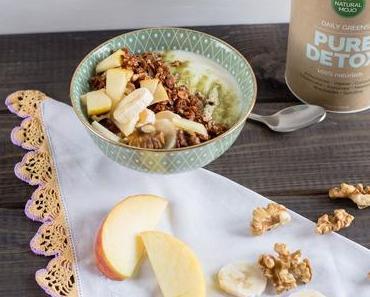 [Anzeige] Selbstgemachtes Granola Müsli mit leckerem Superfood-Pulver von Natural Mojo
