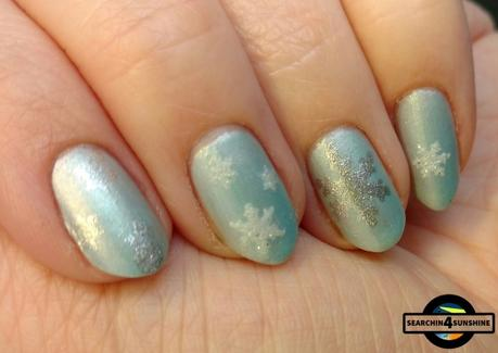 [Nails] NailArt-Dienstag: ICE QUEEN mit p2 the FUTURE is mine space glam nail polish 030 polar light *FAIL*