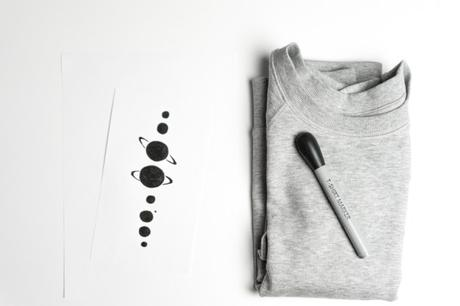 In love with space: DIY Planeten Sweatshirt