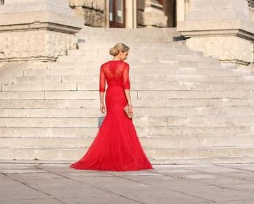 Red mermaid lace evening gown
