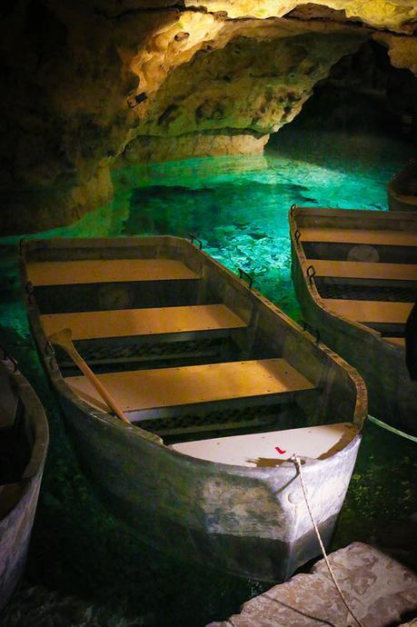 Ungarn: Tapolca und ihre hunderte Jahre alte Seehöhle