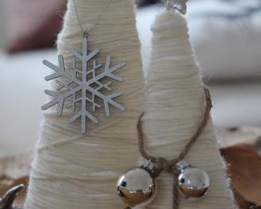 DIY: Elegante Christbäumchen aus Wolle