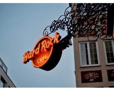 Festival! Hard Rock Cafe Munich wird 15 Jahre alt - Happy Birthday! 15 Jahre - 15 Tage!