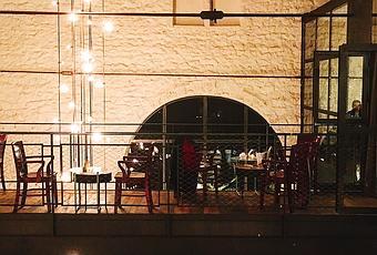 Restaurant Pourcel Place Canourgue