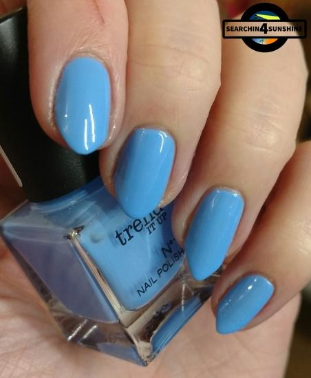 [Nails] Lacke in Farbe ... und bunt! HELLBLAU mit trend IT UP N°1 NAIL POLISH 100