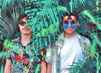 N-A-I-V-E-S erschaffen auf ihrem Debüt Electro-Pop Perlen im Stil von Phoenix und Prince