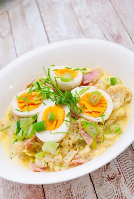 Rezept Blumenkohl in Kräuter-Käsesoße mit Ei
