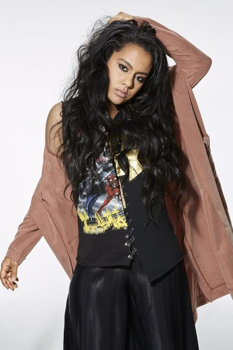 Bibi Bourelly – #Ballin (official Video)