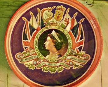 Wenn Bilder auf alten Keksdosen das Geschichtsverständnis bestimmen