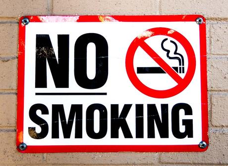 Kuriose Feiertage - 1. März - National No Smoking Day in Irland - 2017 Sven Giese